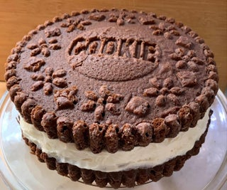 BIG Chocolate Sandwich Cookie - Cake