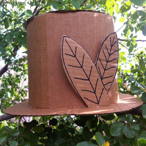 Easy Cardboard Hat <3
