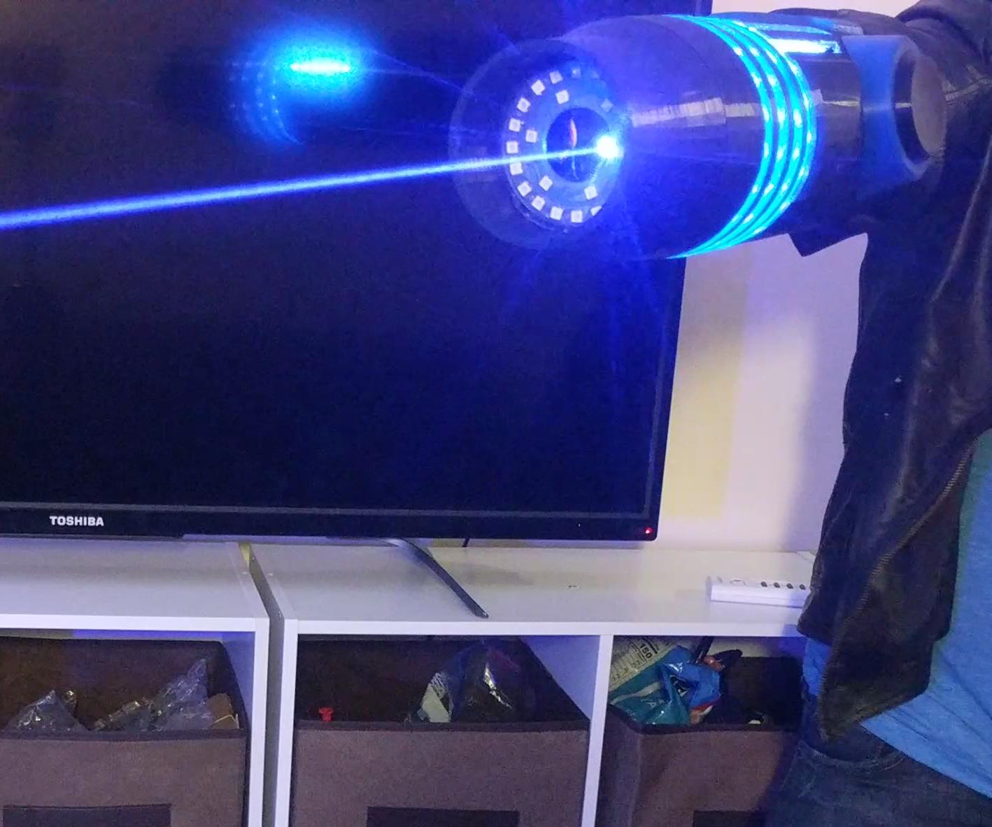 Working Laser Arm Cannon From Metroid! 2.5 Watt Samus Laser Gun