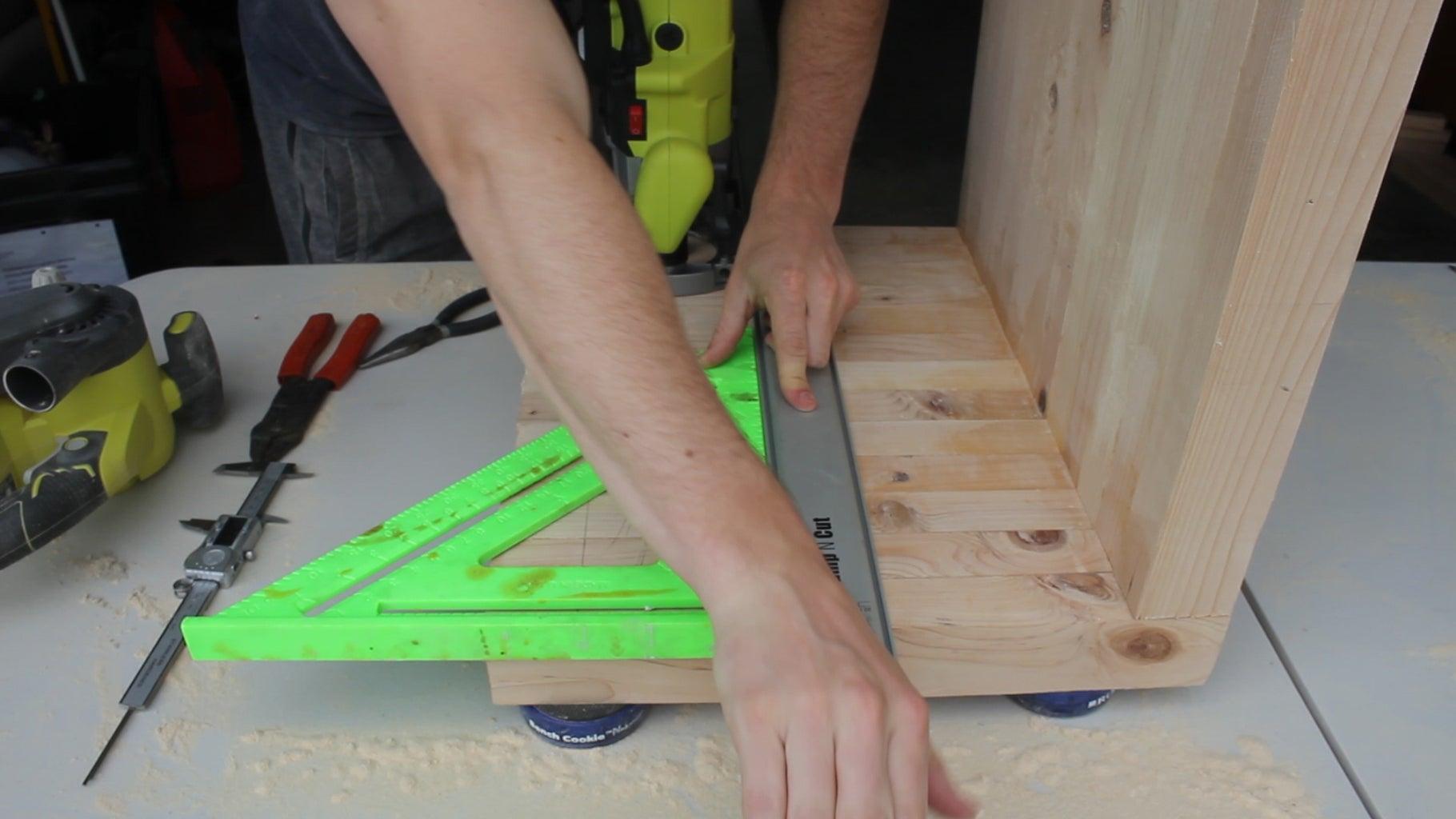 Cutting Bottom Shelf Dados