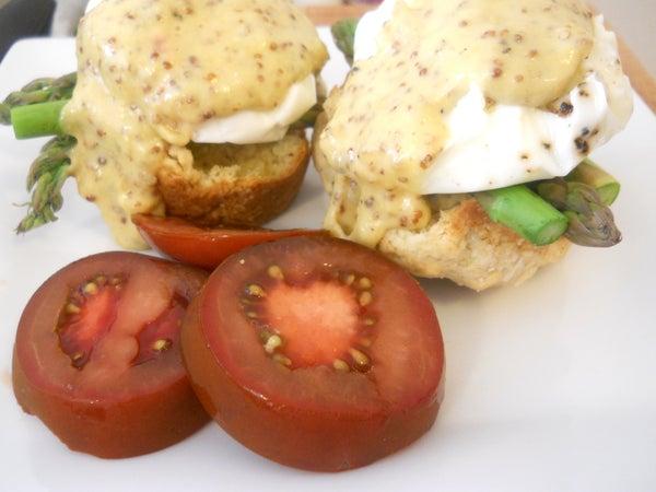 White Cheddar Asparagus Eggs Benedict