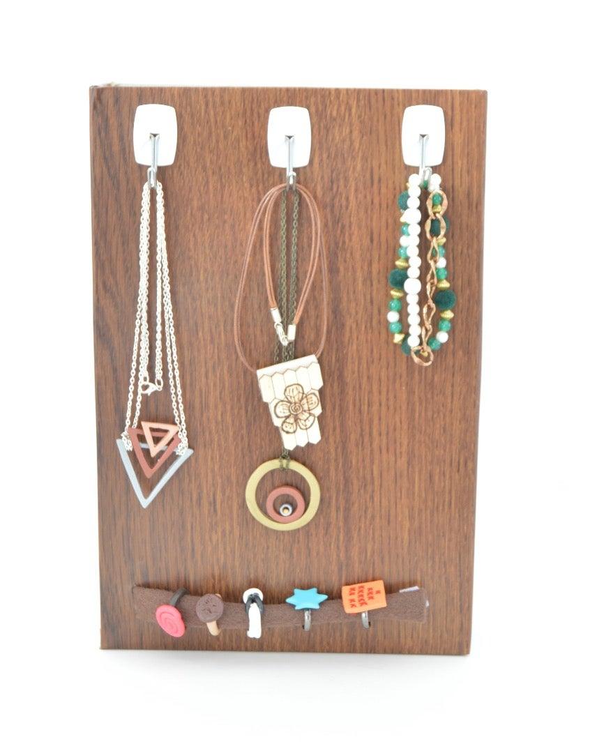 For Necklaces/Bracelets
