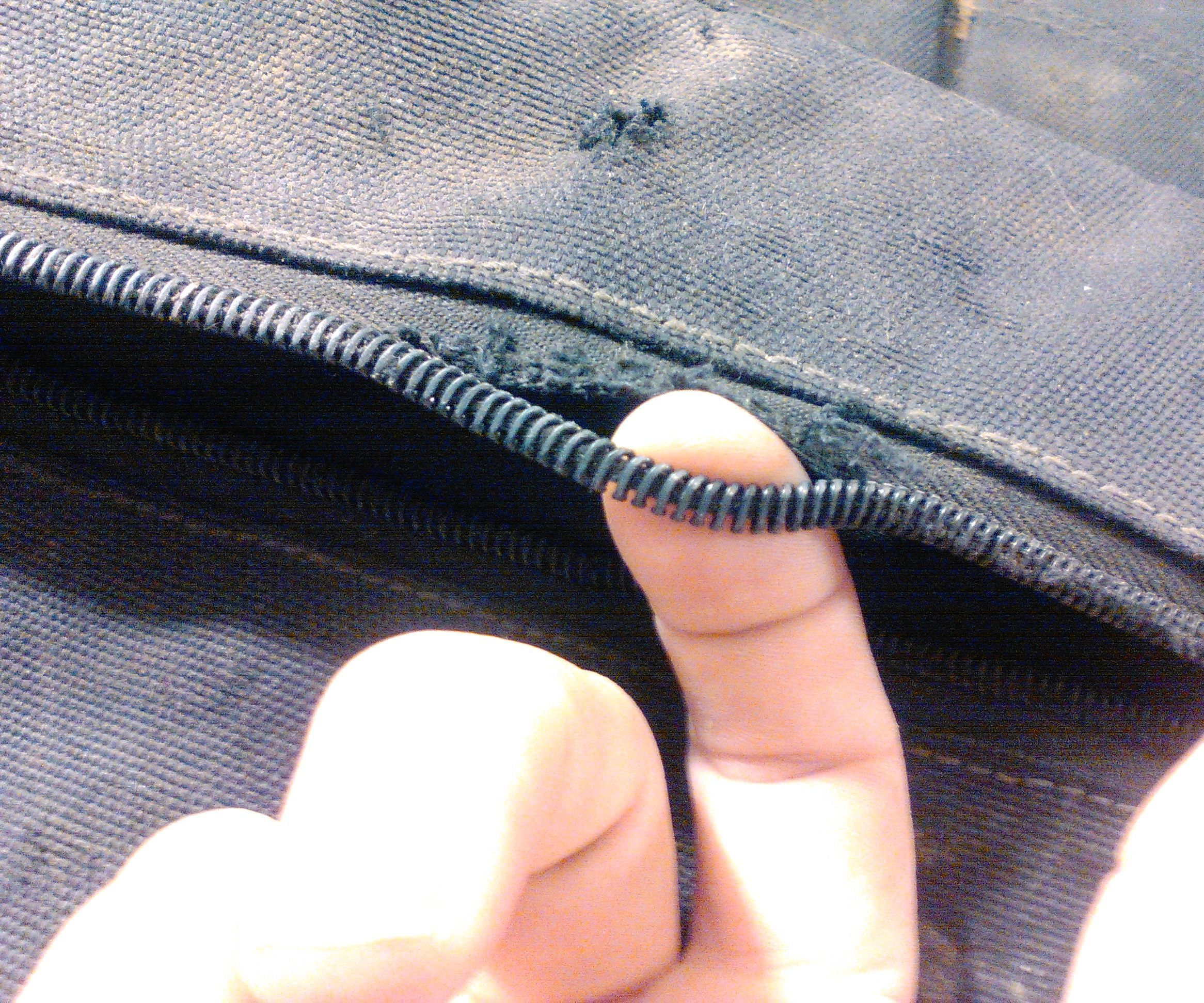 How to fix separated nylon zipper teeth