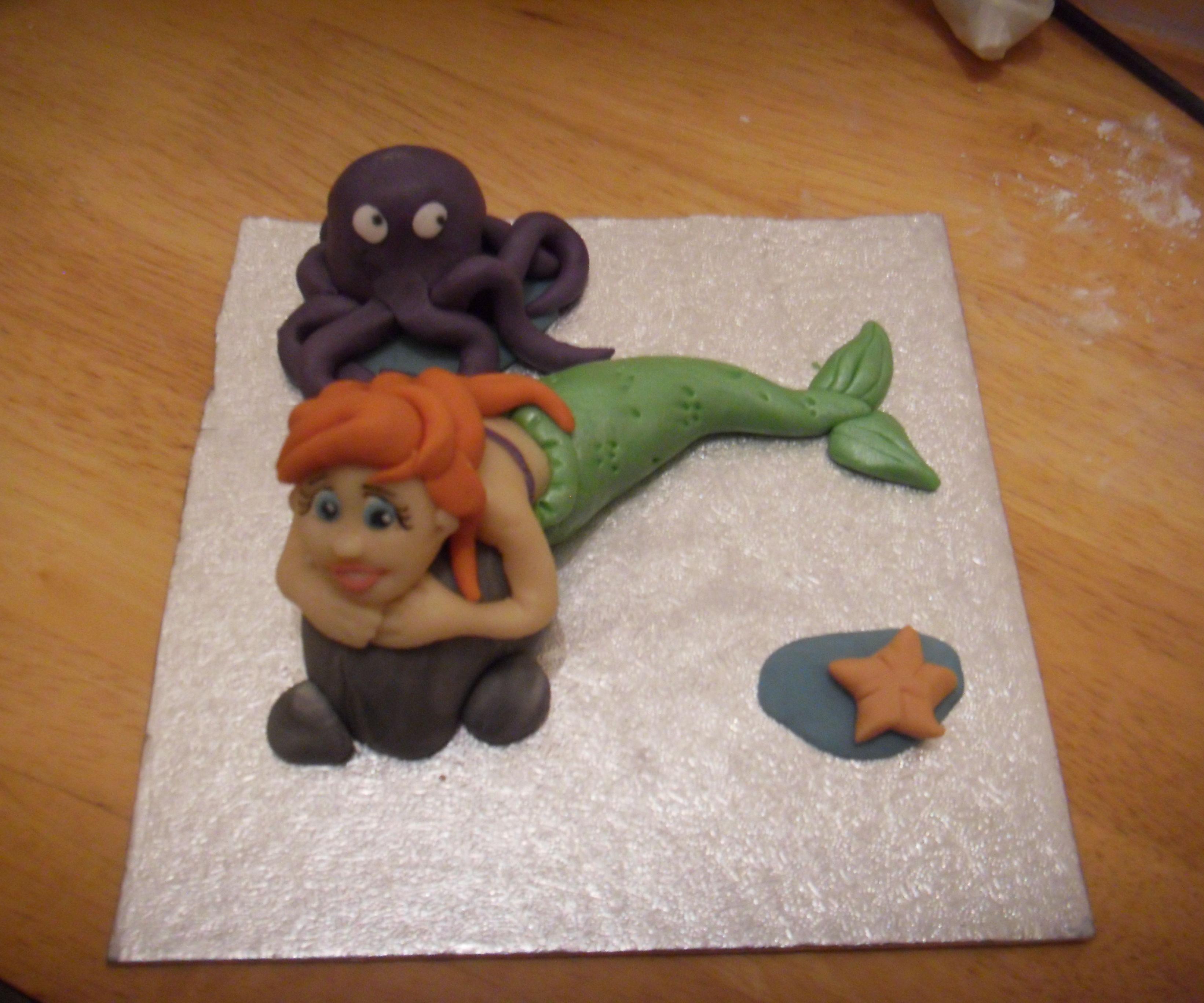 Mermaid sugar paste cake top tutorial