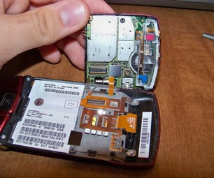 How to Disassemble a Motorola Razr