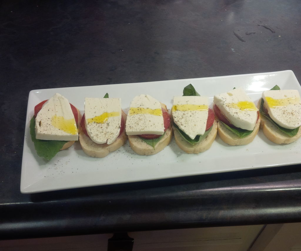 Quick and tasty mozzarella style cheese.