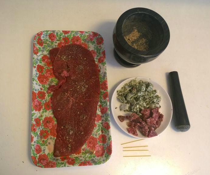 Filled minute steak