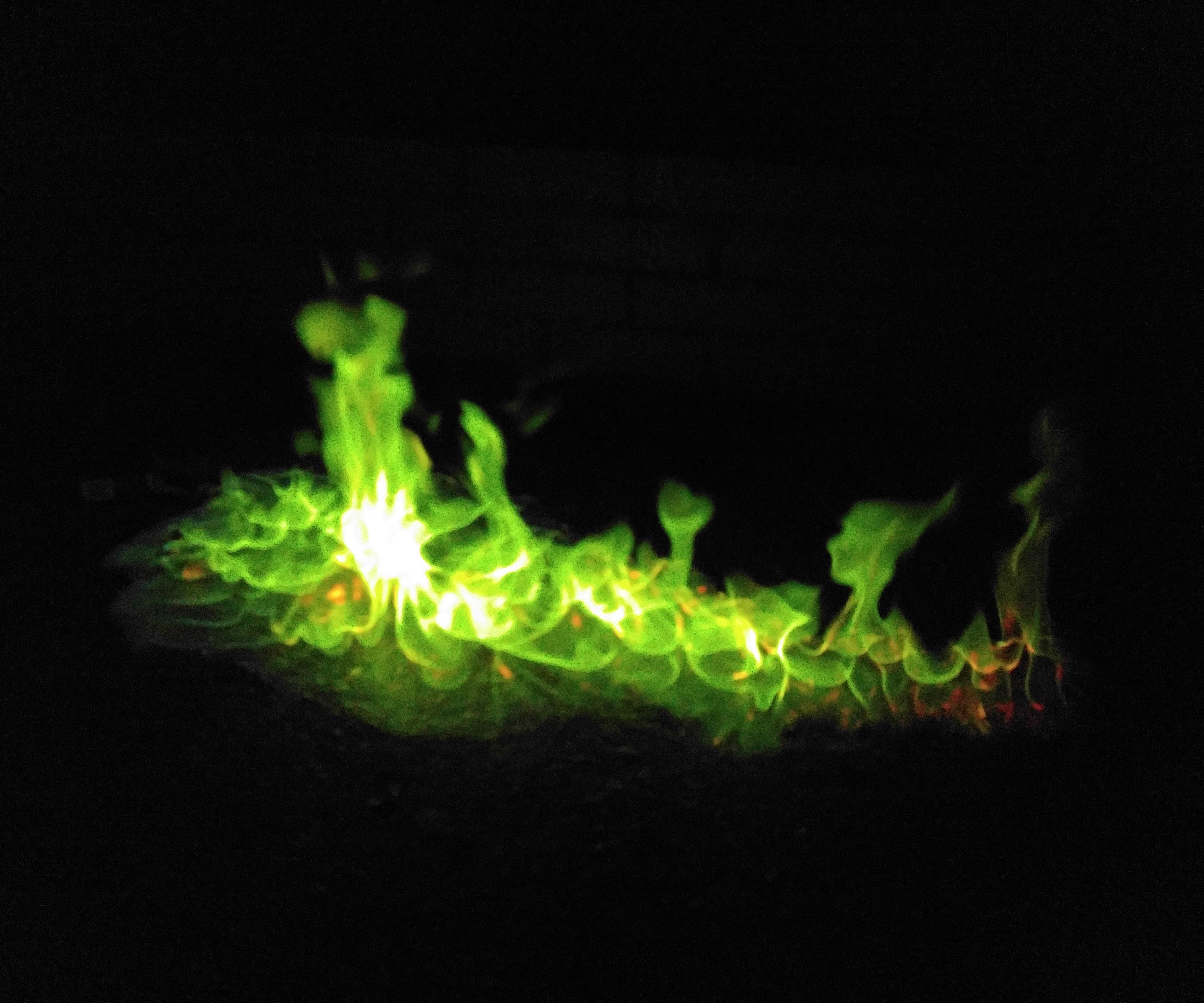 How to make green flames
