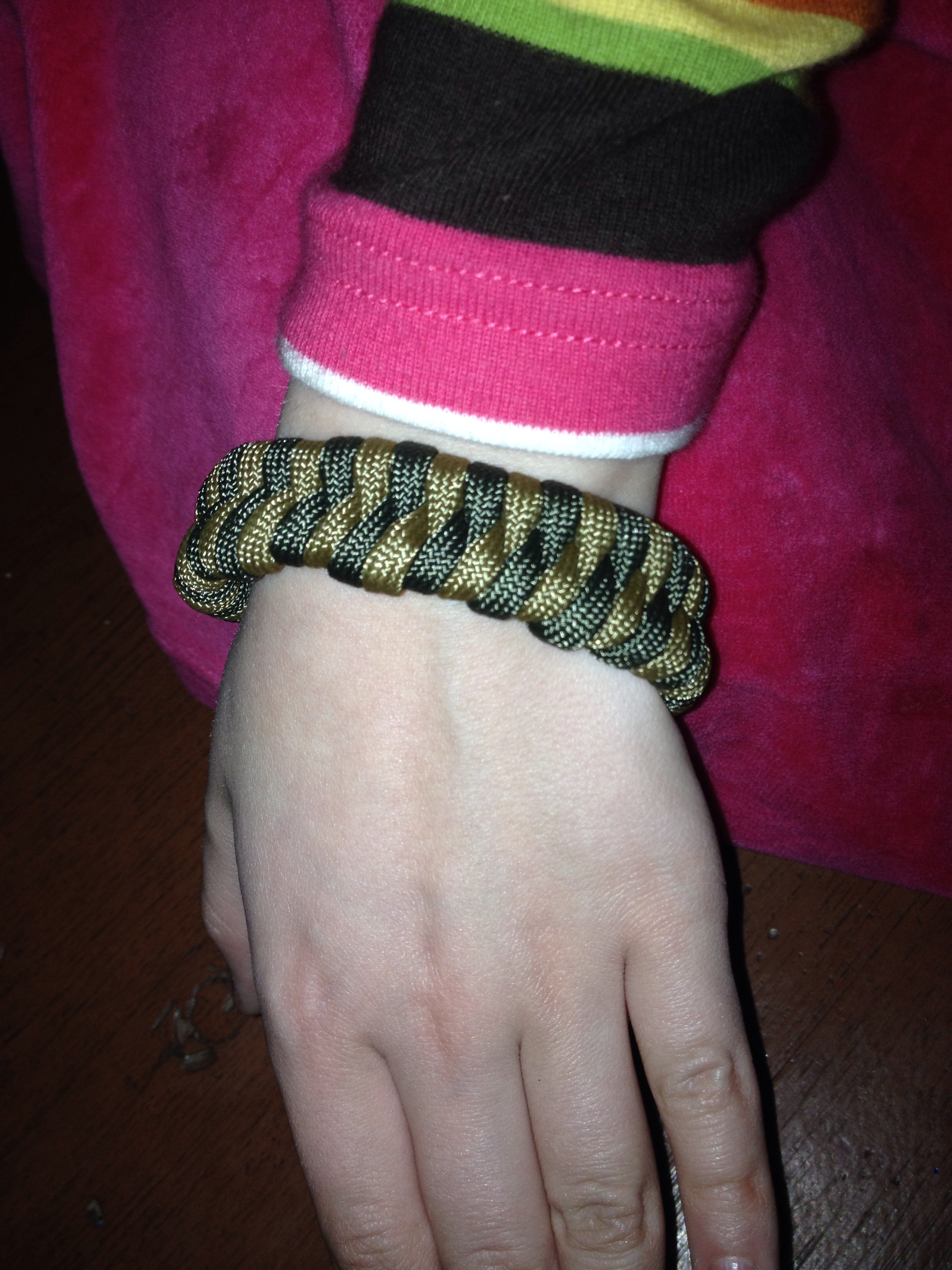 Paracord Fishbone Braclet