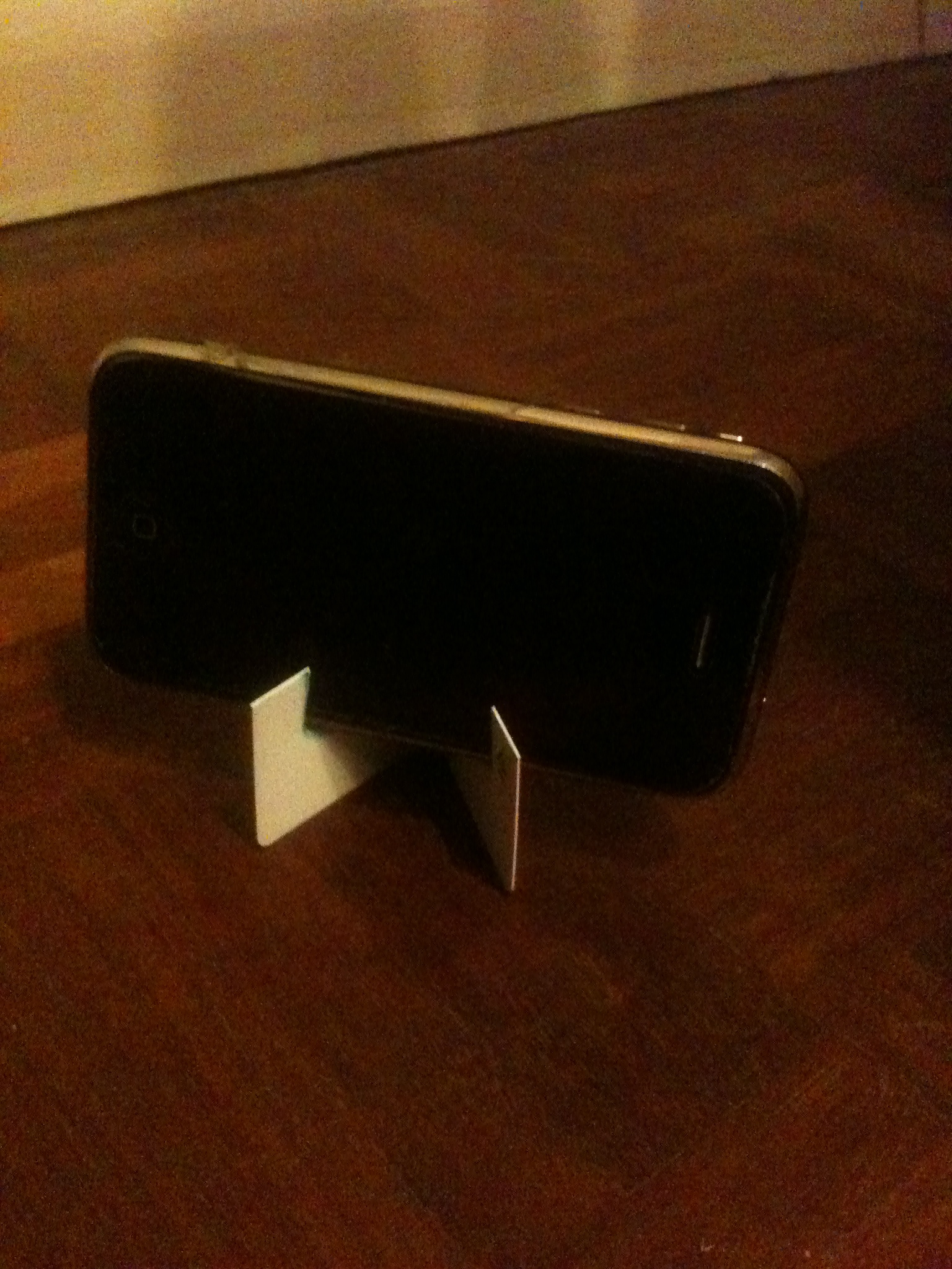 Old Card Phone Stand