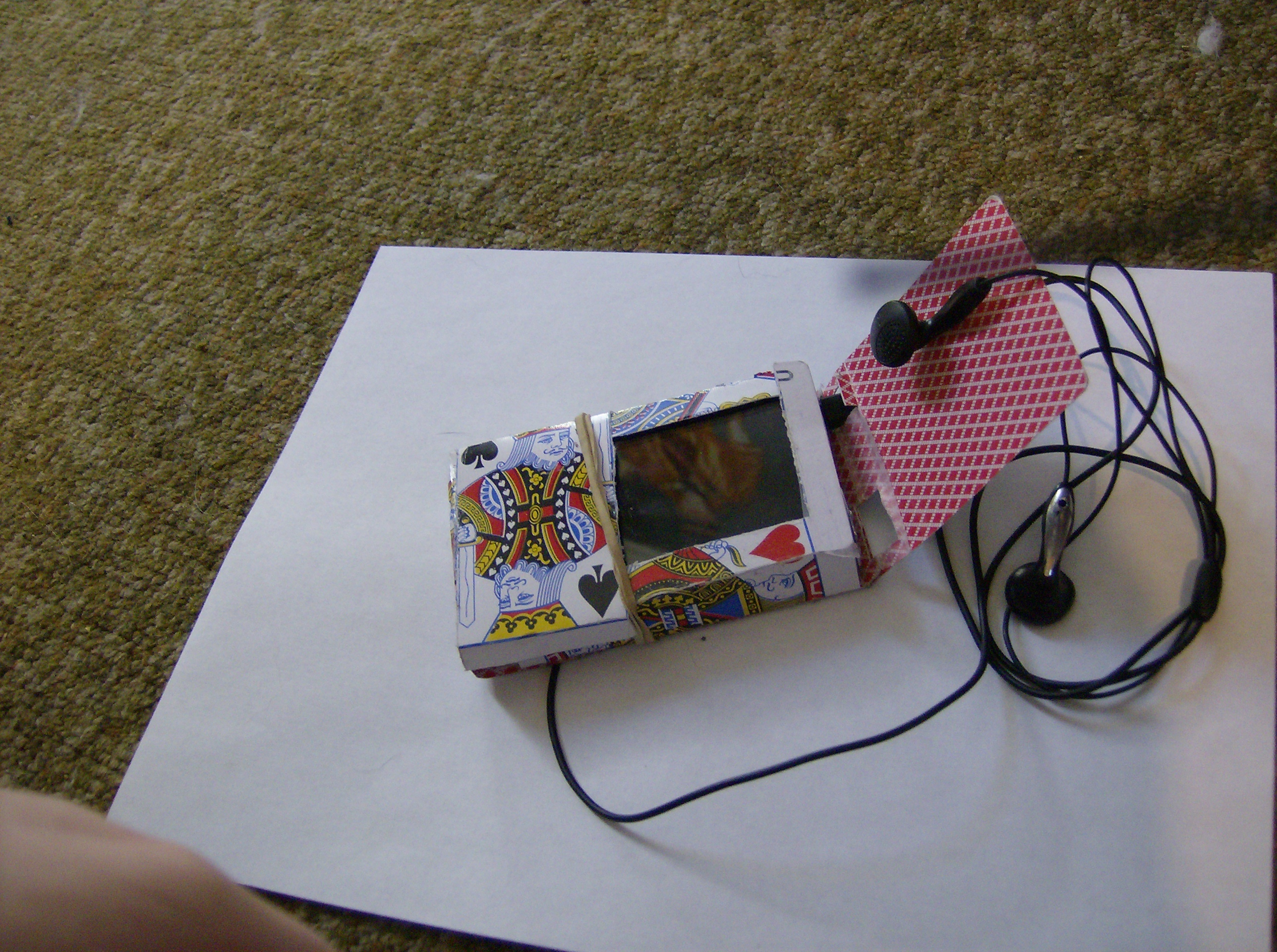 Design and Build an MP3 Player Case with Playing Cards