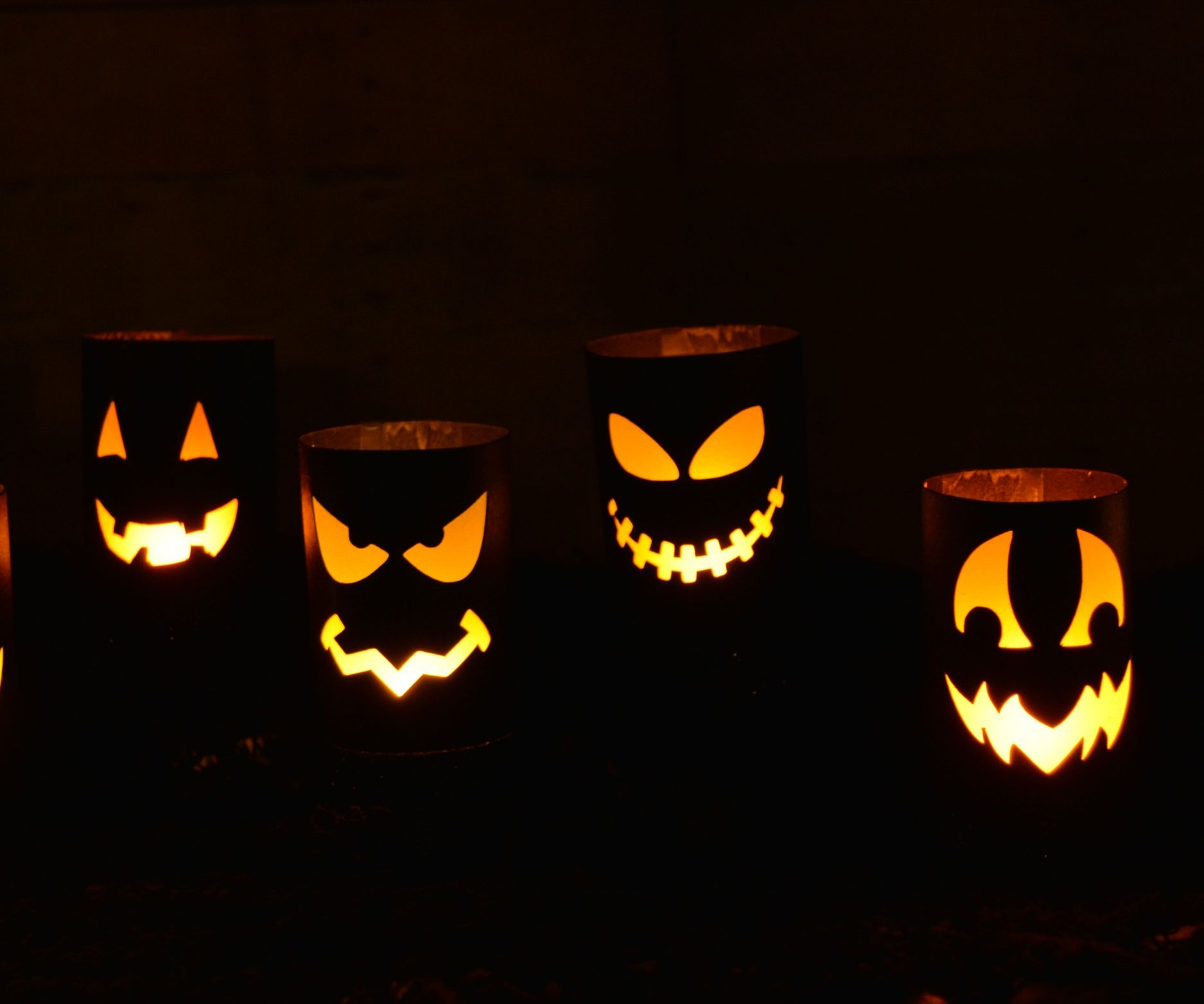 DIY Halloween Luminaries