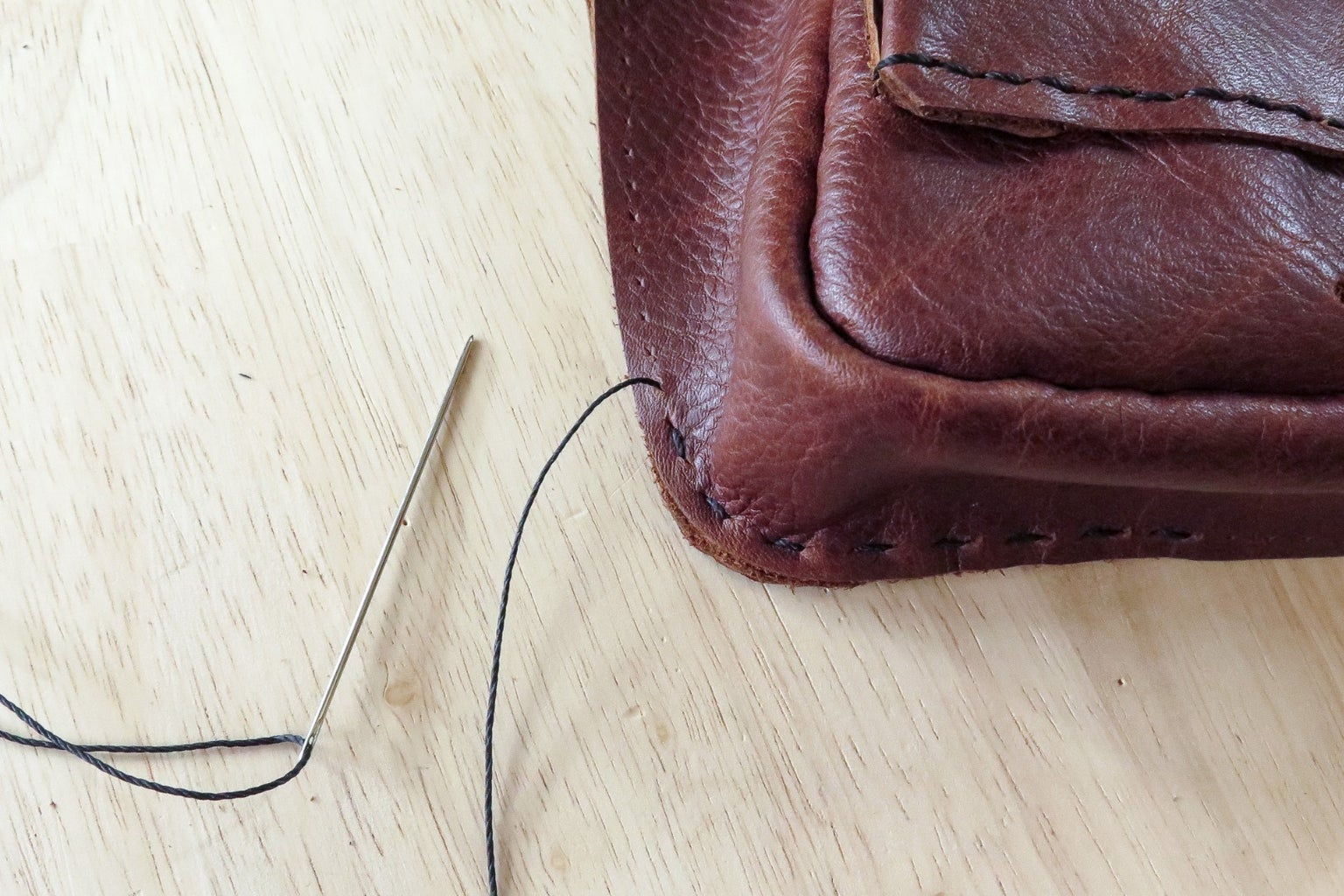 Create a Cut Edge Seam on the Back of Your Bag