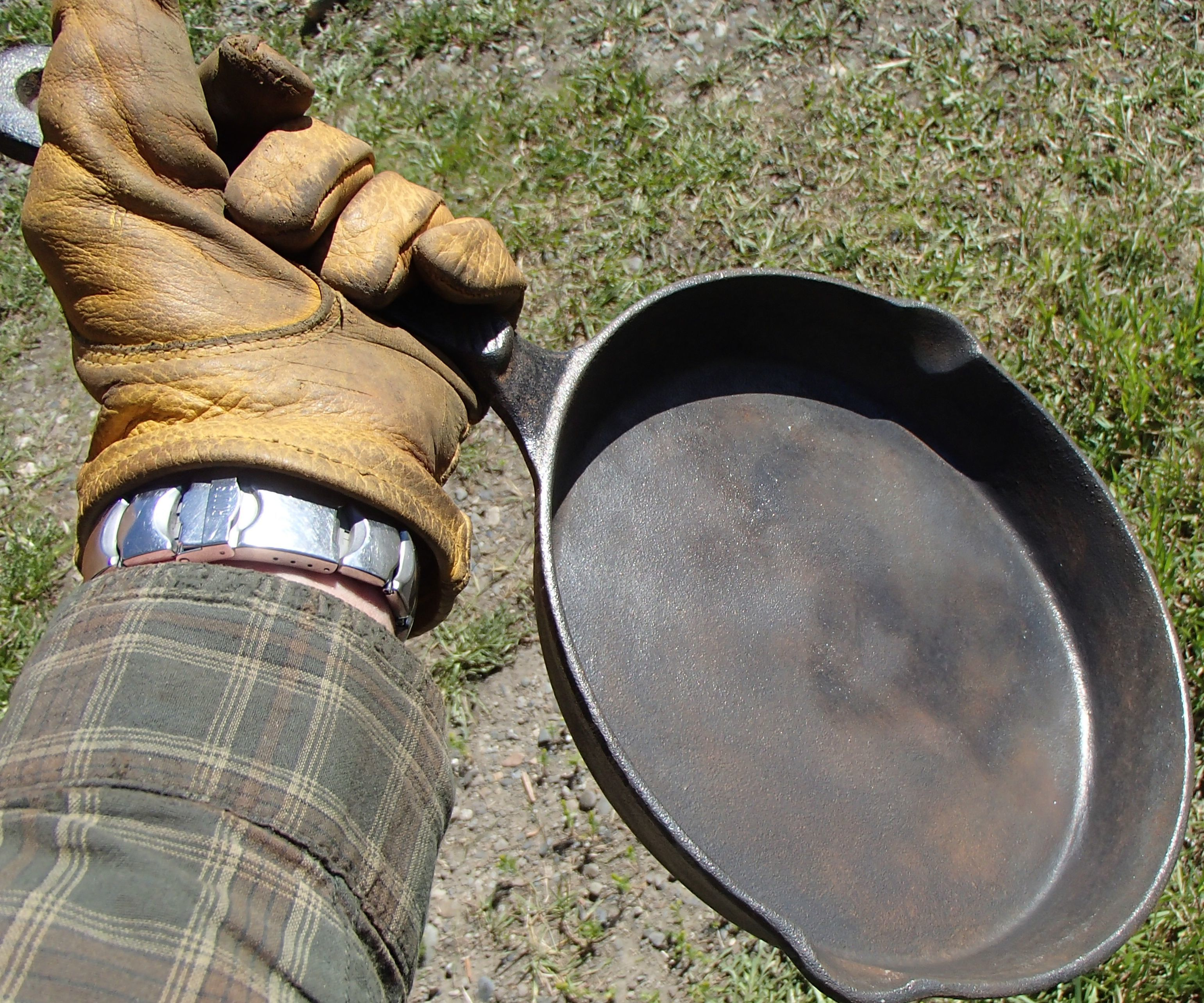 Restore a Cast Iron Frying Pan