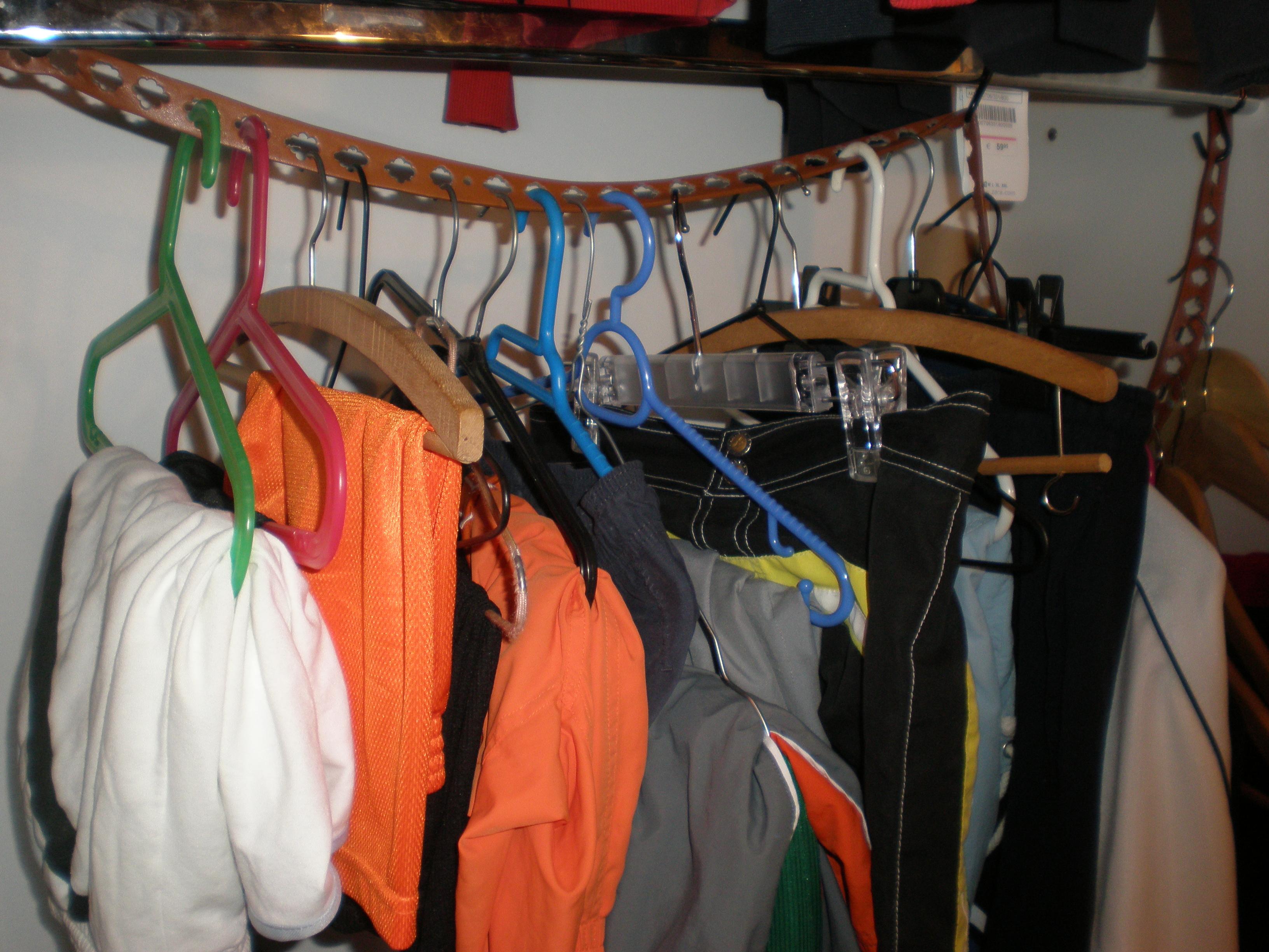 A More Efficient Closet Using Belts