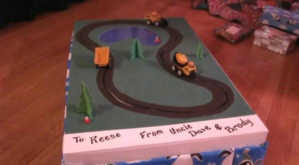 Animated Truck Conveyor Belt Gift Box