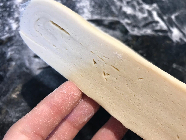 Shape the Croissants