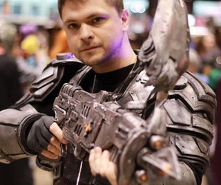 """How to Make a Gears of War """"Torque Bow"""" Prop"""