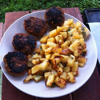 Super Easy Cheesy BBQ Potatoes