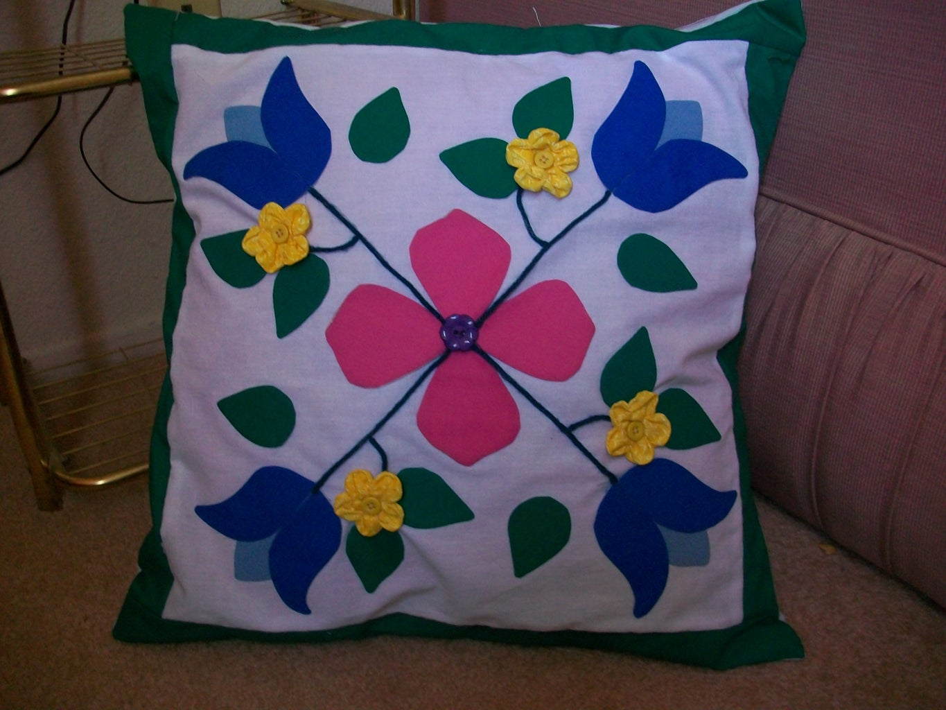 Spring Flowers - a Special Cushion for Mom!