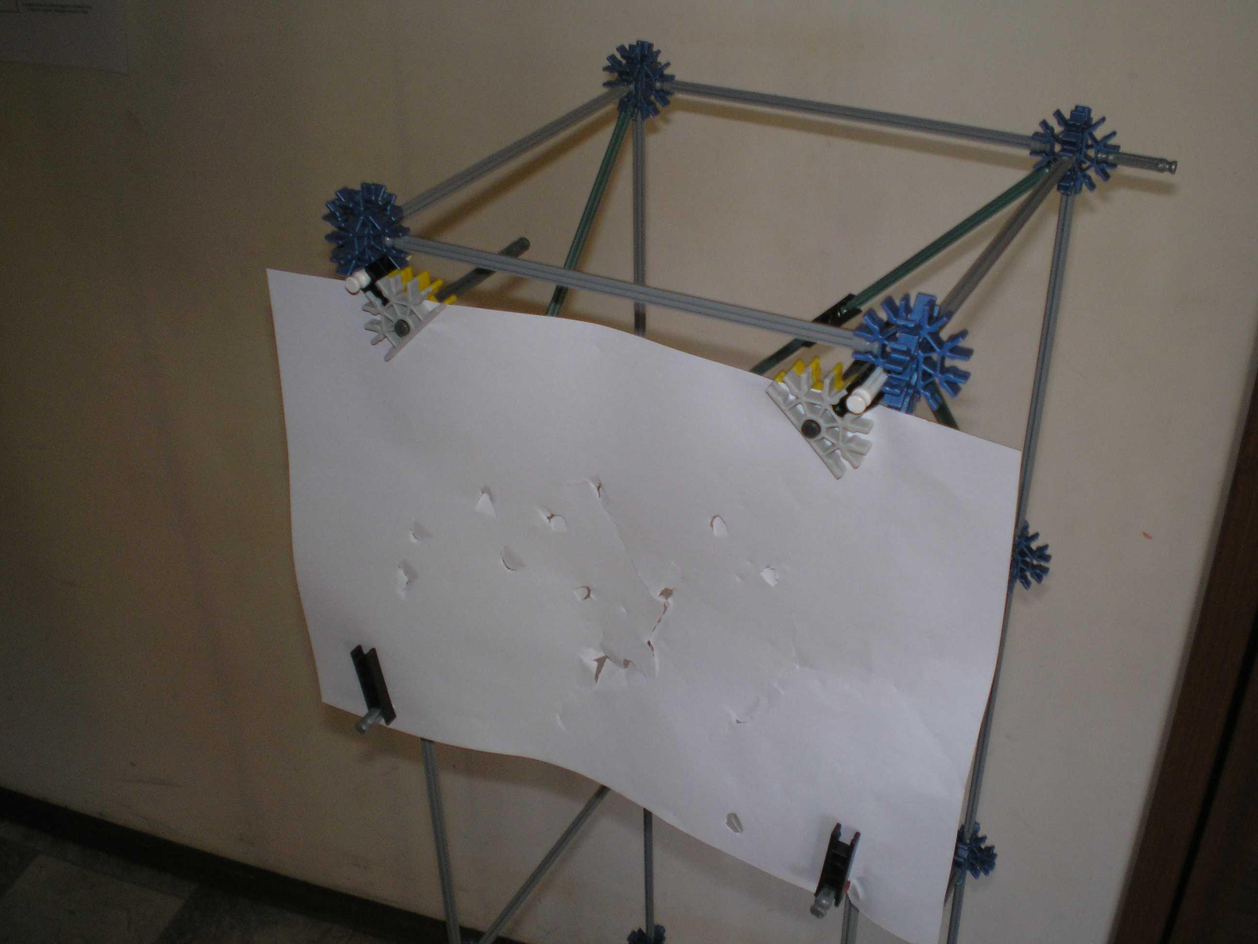 paper knex target ( ajustable height )