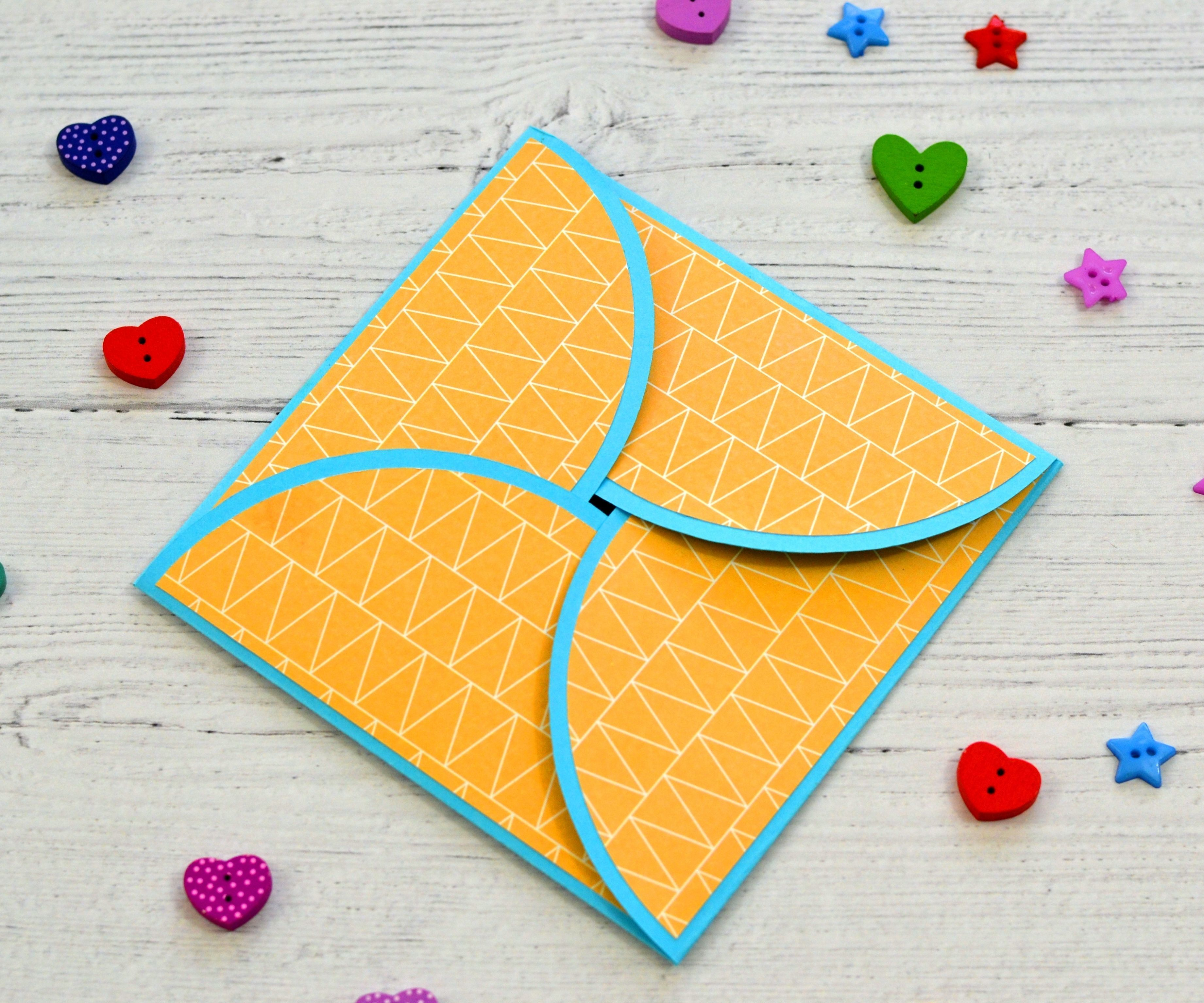 How to Make Cards With Paper | Cricut Projects for Beginners.