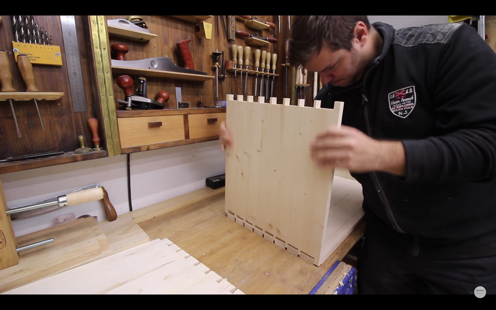 Dovetails (optional Joinery)