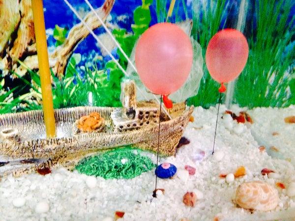D.I.Y. Aquarium Underwater Balloons