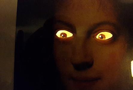 Low-Tech Moving Eyes Portrait (Rembrandt)