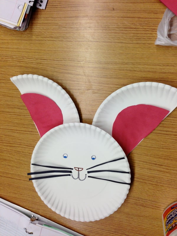 How to Make a Paper Plate Bunny