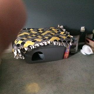 """""""Dog Proof"""" Cat Litter Box"""