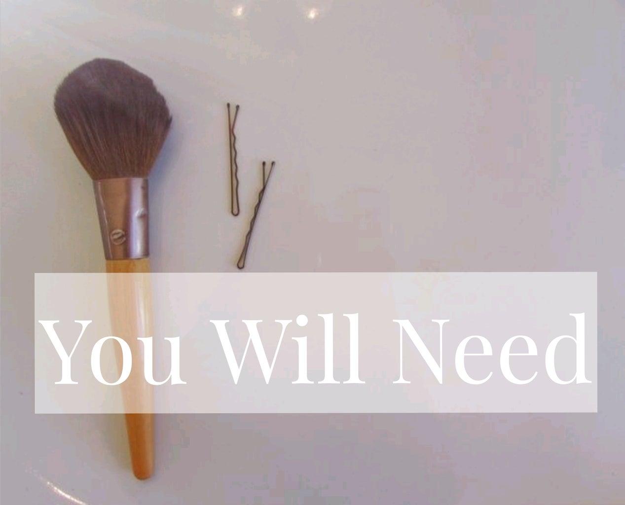 Fanned Make Up Brush