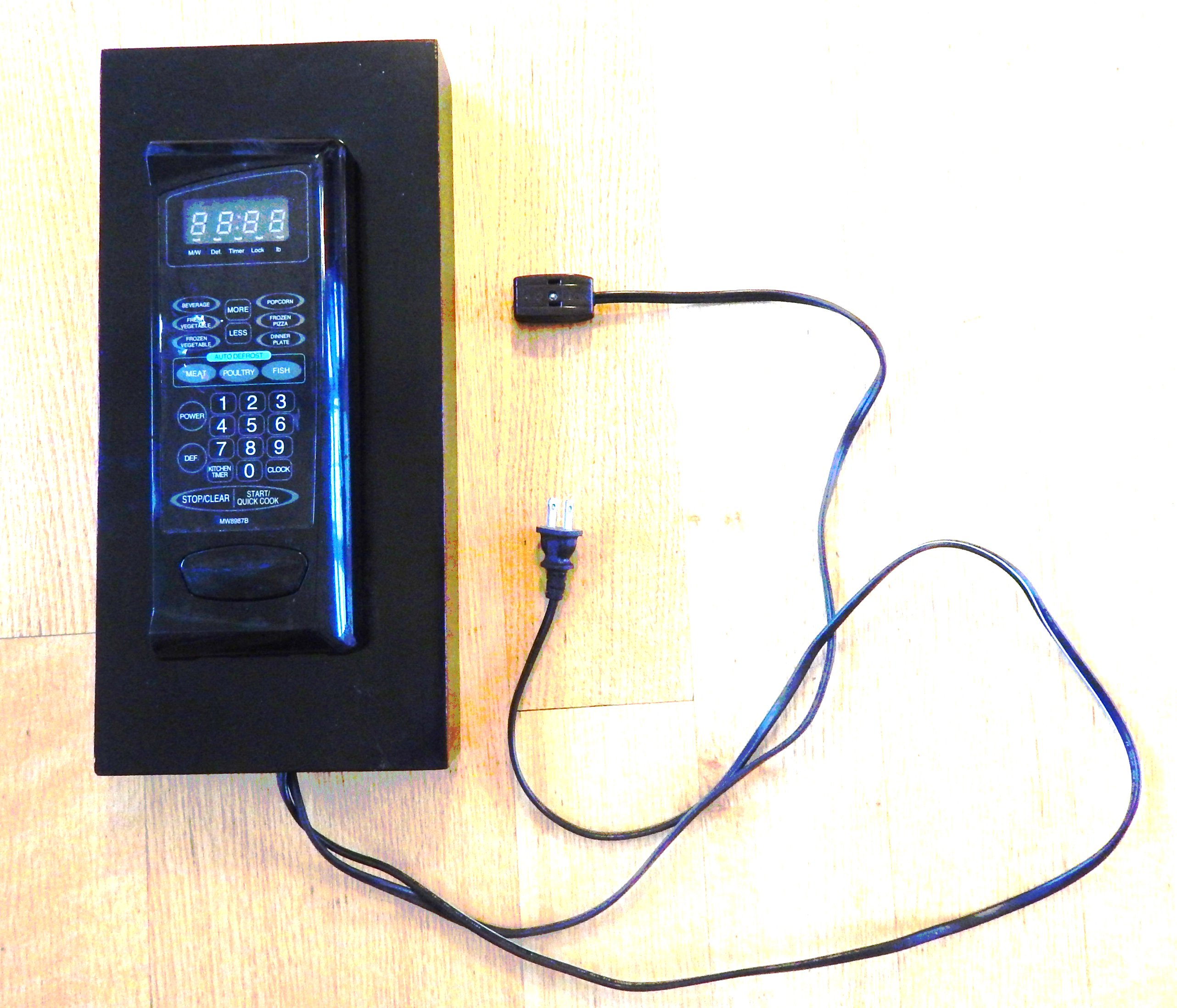 NanoWave - Recycling old Microwave Oven as Clock / Timer