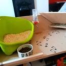 Easyclean Rabbit Feed/litter Station