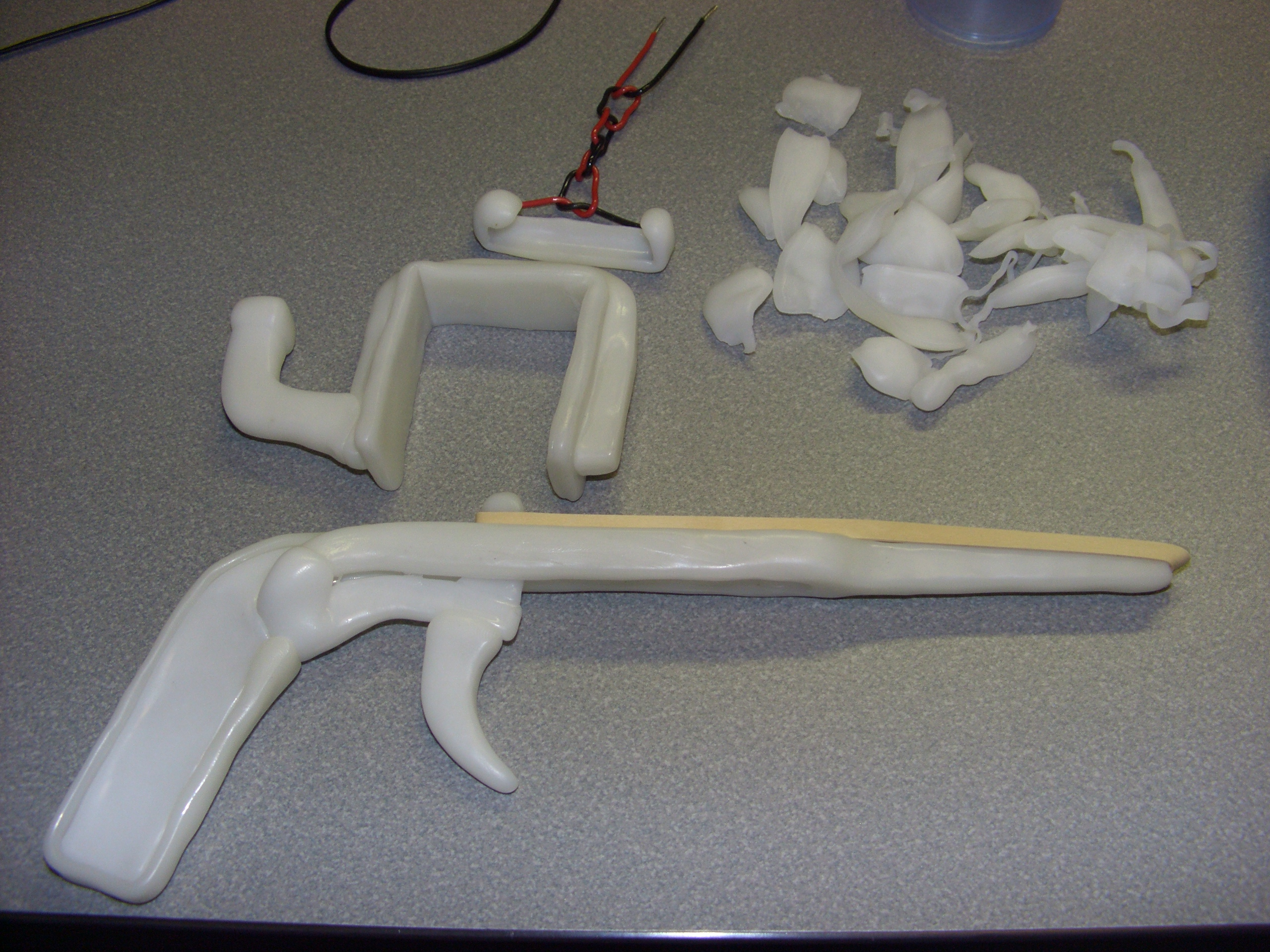 DIY Material Guide: Polymorph Plastic ( a thermal plastic with low melting point)