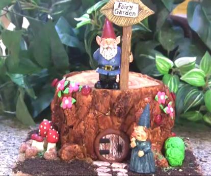 How to Make a Realistic Tree Stump Cake