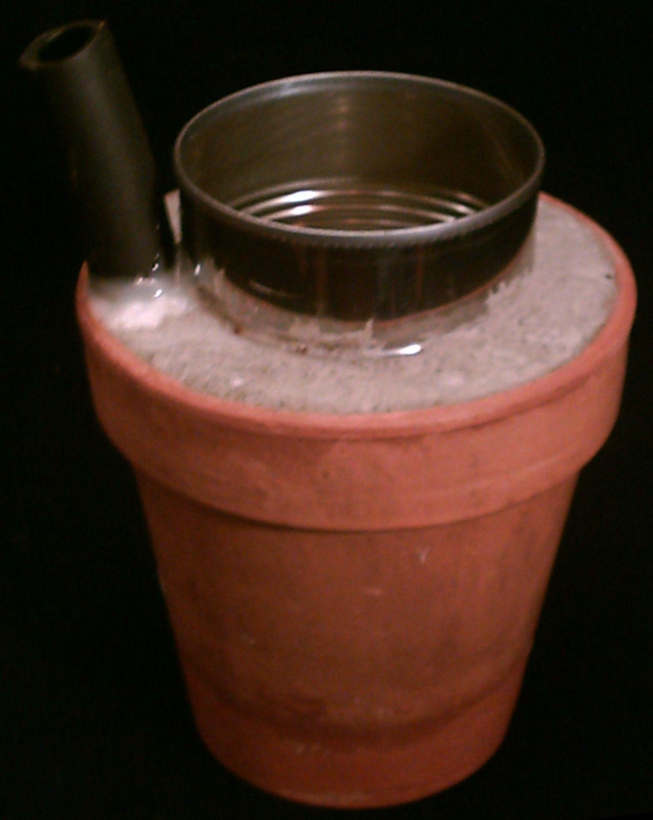 Make an Evaporative Terra Cotta Beer Chiller