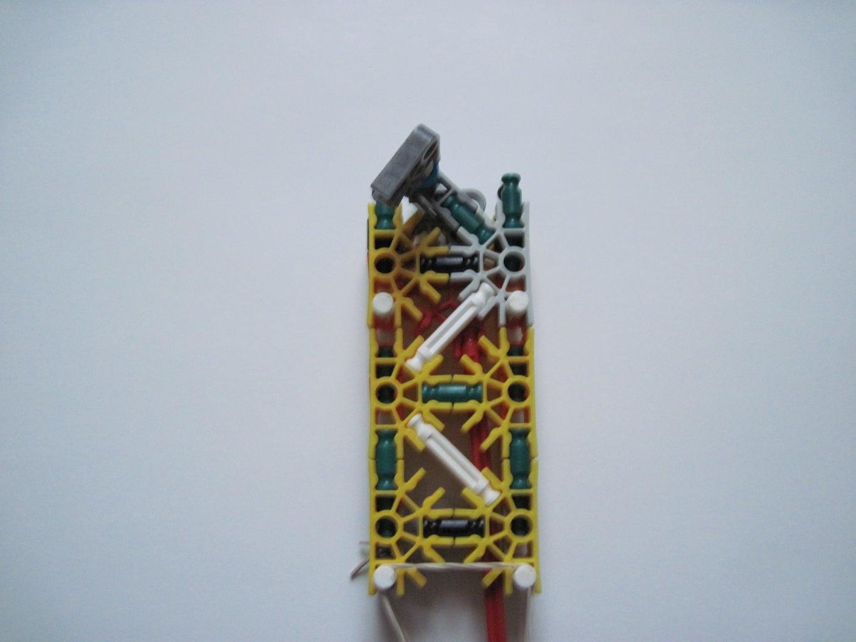 Magazine/Handle: Construction