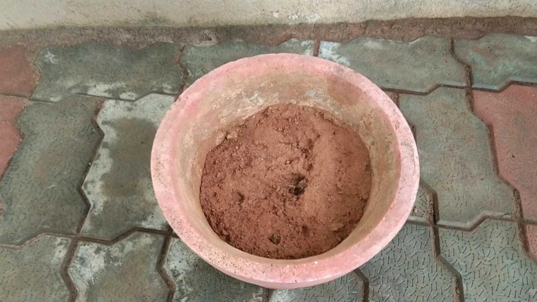 Prepare the Clay Pot