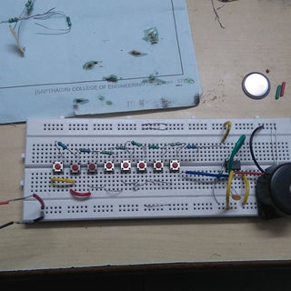 Simple Electronic Piano