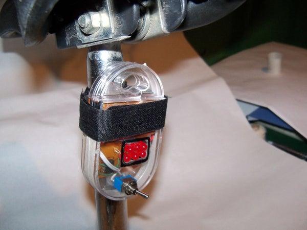 Blinking Bicycle LED Light Using 555 W/ Case