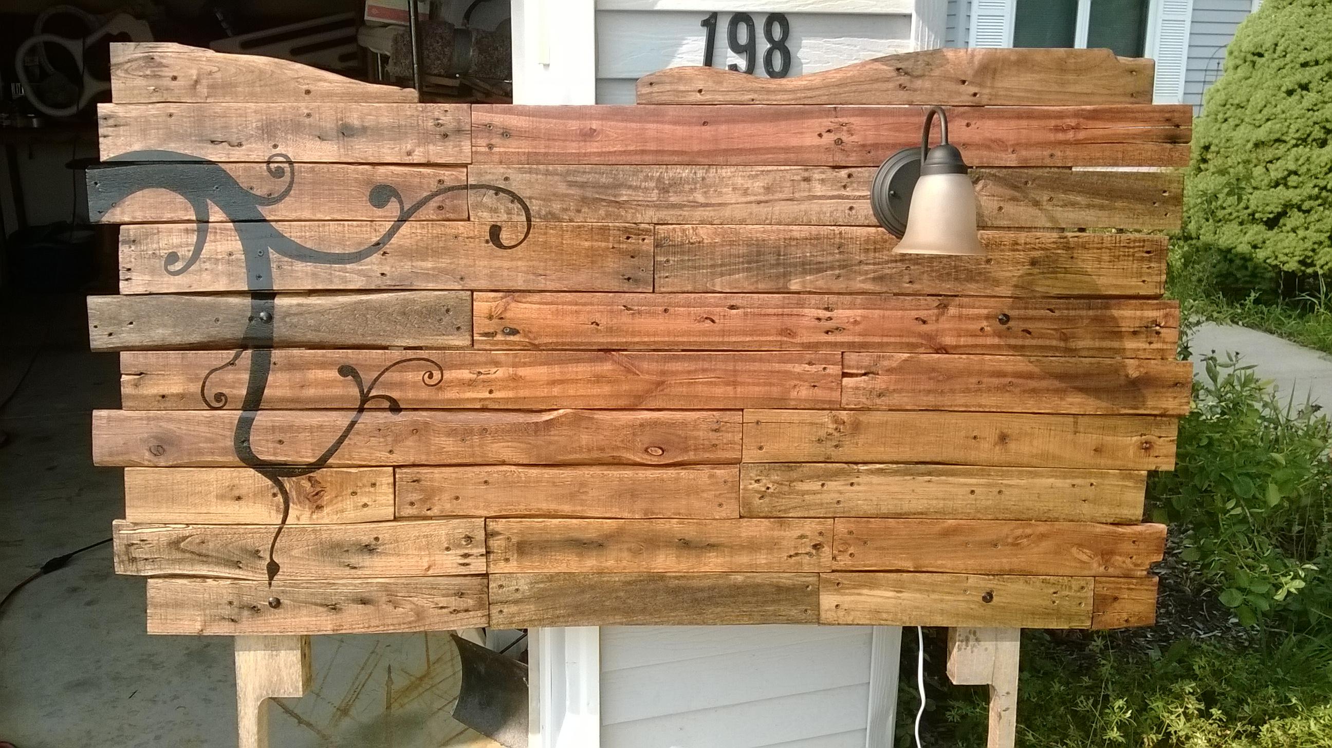 Headboard from Wooden Pallets