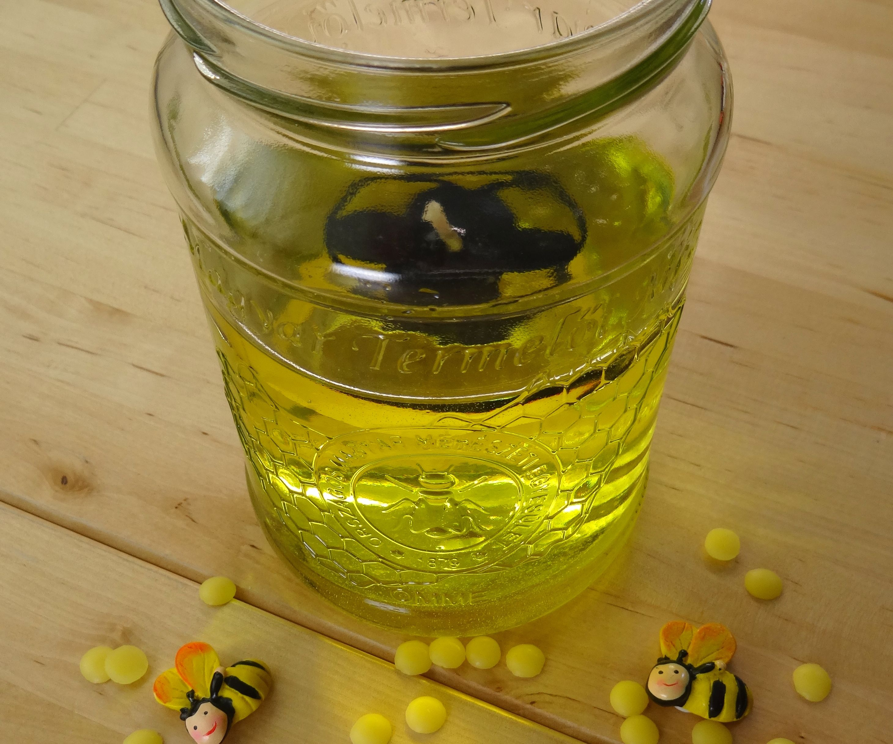DIY - a New Floater for My Bee-Oil-Lamp