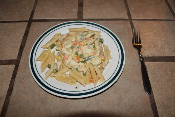 Creamy Chicken Pasta With Veggies