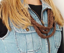 Up-cycle Beautiful Plaited T-shirt Necklace
