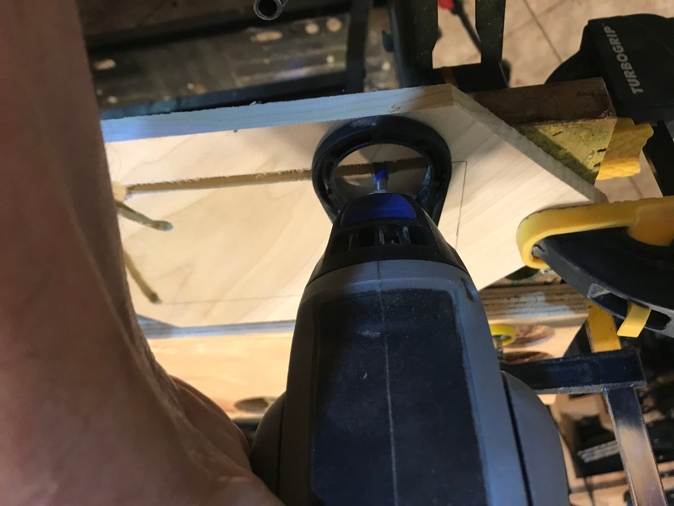 Cutting Out the Screen Opening