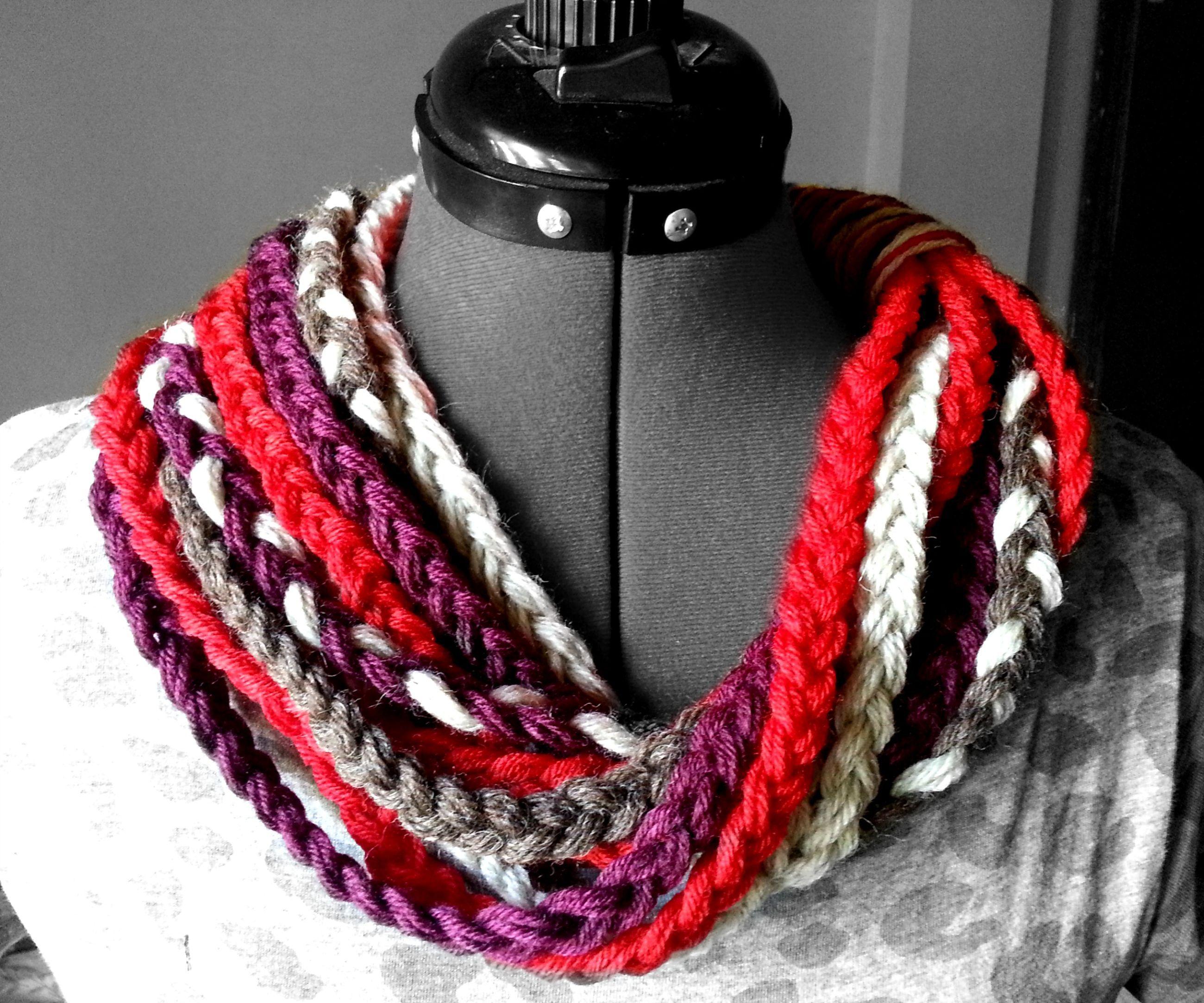 DIY Easy Braided Yarn Cowl