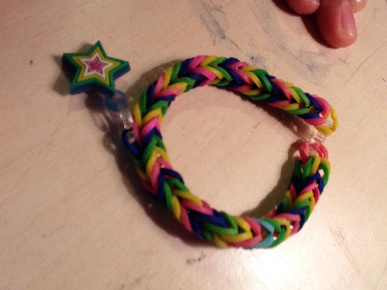 How To-Fishtail Bracelet!