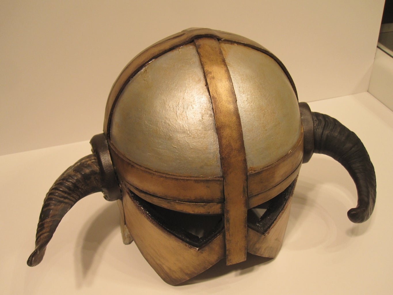 Paint the Helm