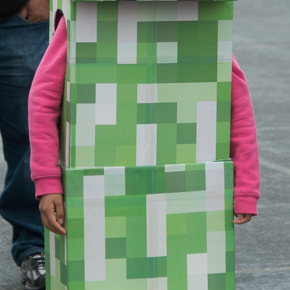 Telescoping Minecraft Creeper Costume 7 Steps With Pictures Instructables